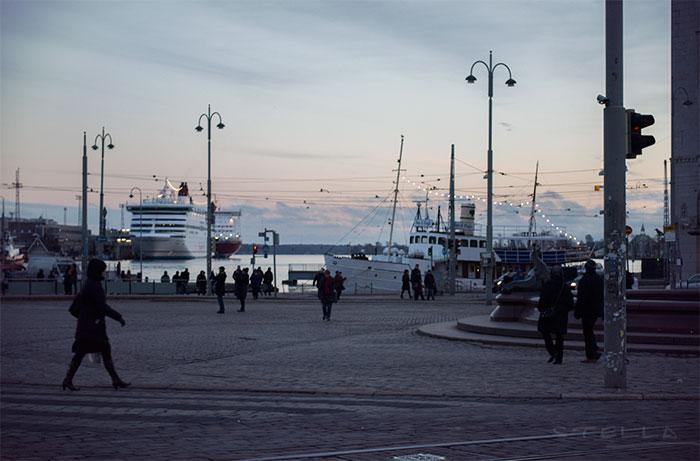 2013-12-stellaharasek-helsinki-esplanadi-02