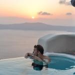 Santorinin kaunein hotelli ~ Kapari Natural Resort