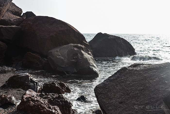2014-12-17-stellaharasek-santorini-elle-6