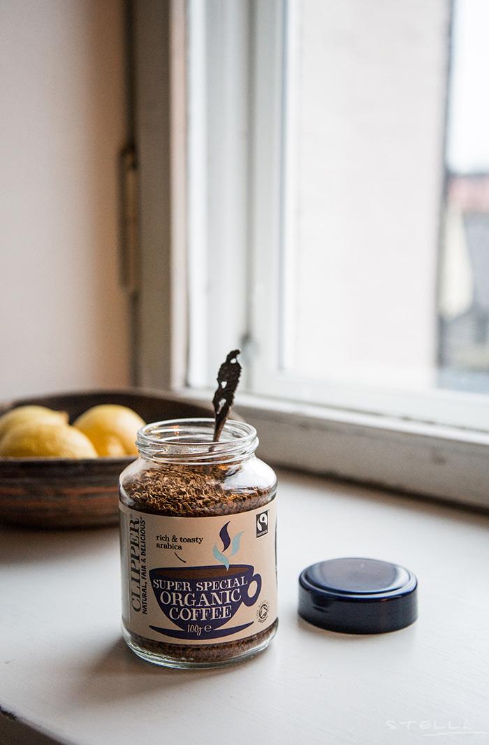 2015-01-04-stellaharasek-instantcoffee-3