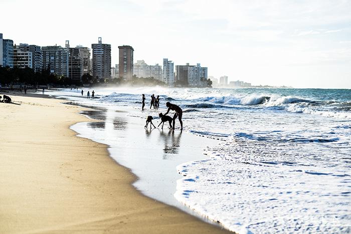 2015-11-26-stellaharasek-puertorico-oceanparkbeach-09