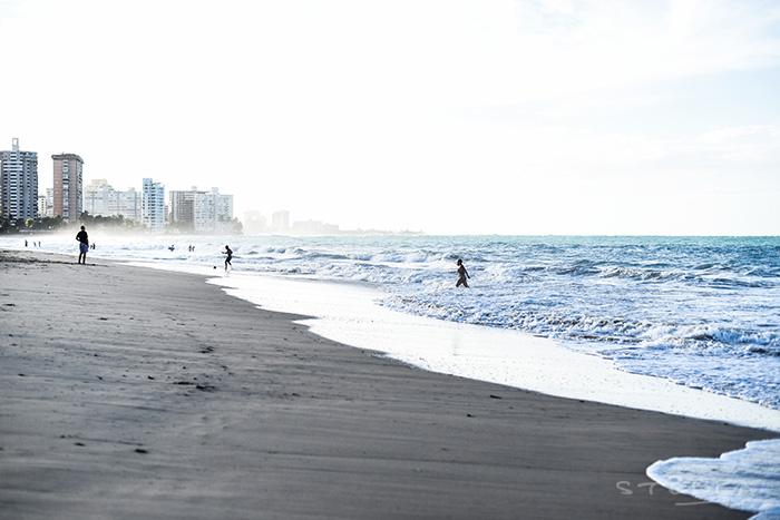 2015-11-26-stellaharasek-puertorico-oceanparkbeach-17